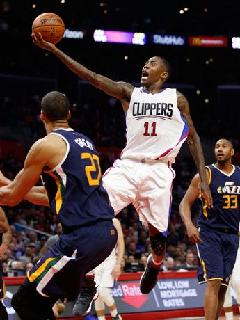 Crawford marca 28 y Clippers clasifican