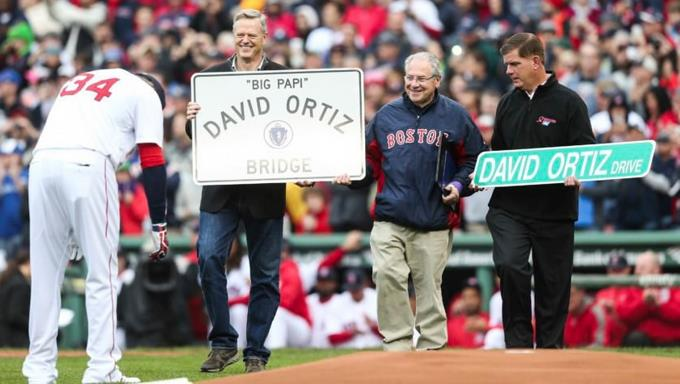Boston nombra una calle en honor a David Ortiz