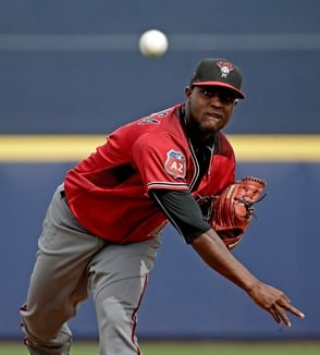 Arizona firma a Rubby De la Rosa