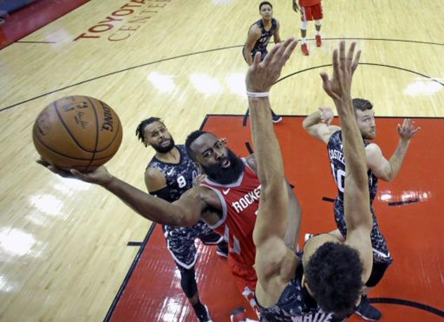 Harden y Houston siguen imparables