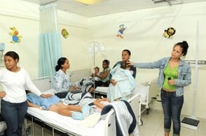 Hospital devuelve a pacientes con dengue