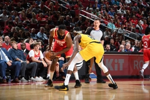Harden y Beal anotan 44 puntos en triunfos de Houston y Washington