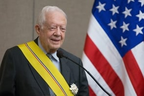 Jimmy Carter es ingresado a un hospital por una infección del tracto urinario