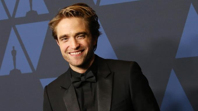 "Robert Pattinson libre de COVID-19 regresa al rodaje de ""The Batman"""