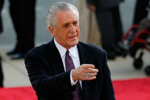 LeBron James contra el Heat y Pat Riley versus los Lakers