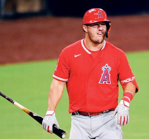 Trout sigue a la espera por ganar en los playoffs