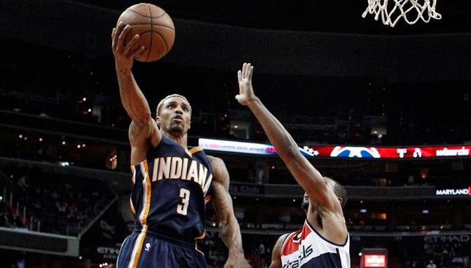 Paul George anota 40 en la victoria de Pacers