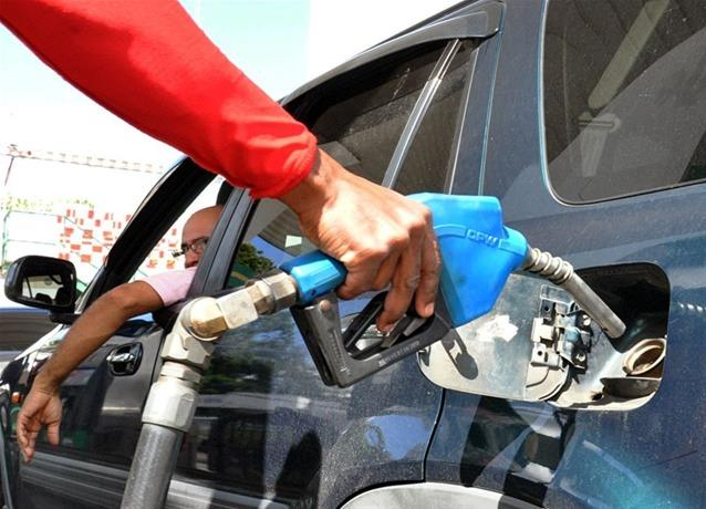 Industria y Comercio baja RD$1.50 a las gasolinas; GLP permanece invariable