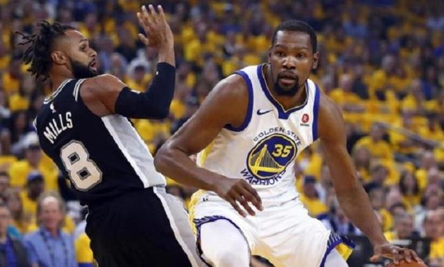 Durant y Thompson dan segunda victoria a los Warriors