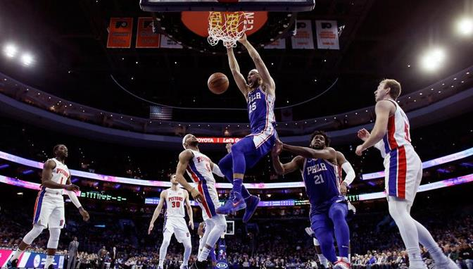 Embiid y Simmons lideran Sixers a vencer a los Pistons