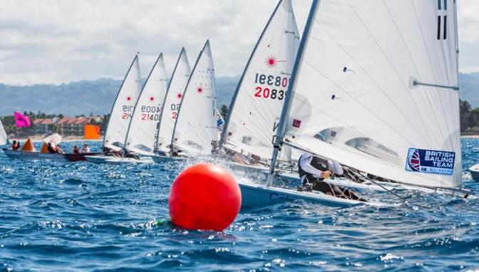 Hermani y Thompson triunfan en regata