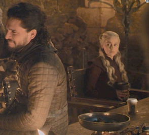 Se cuela vaso de Starbucks en escena de Game of Thrones