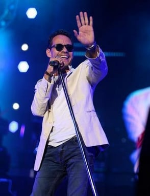 Marc Anthony rinde tributo a José José en los Latin American Music Awards