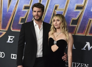 Miley Cyrus y Liam Hemsworth firman su divorcio